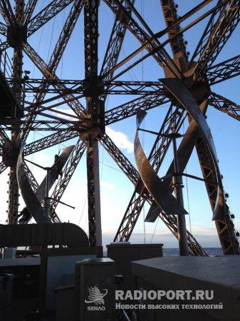Энергетика эйфелевой башни дополнена ветровыми турбинами Vision AIR5